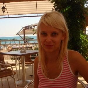 Людмила оставила отзыв о работе электрика