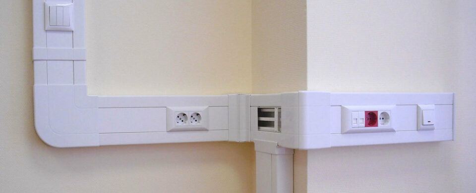 Прокладка кабеля в кабель канале, цены на услуги